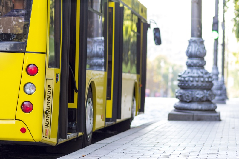 Using Audio Alerts to Prevent Unsecured Bus Accidents